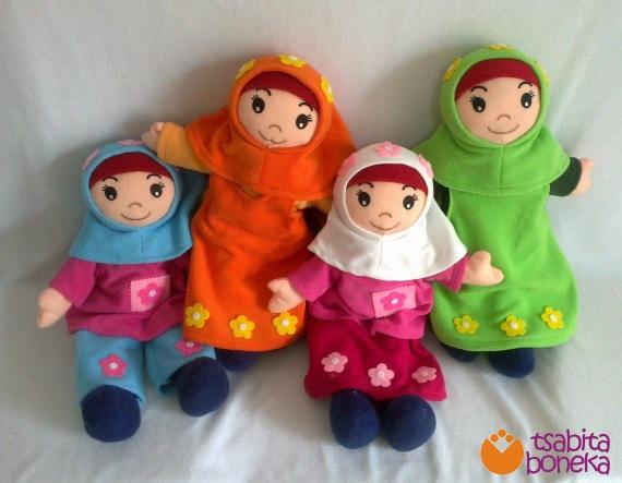 boneka muslimah